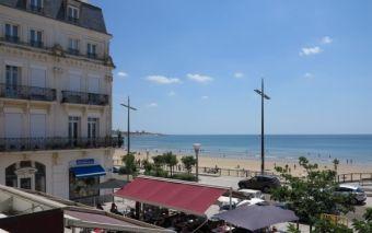 Vue mer Place Navarin les Sables d'Olonne